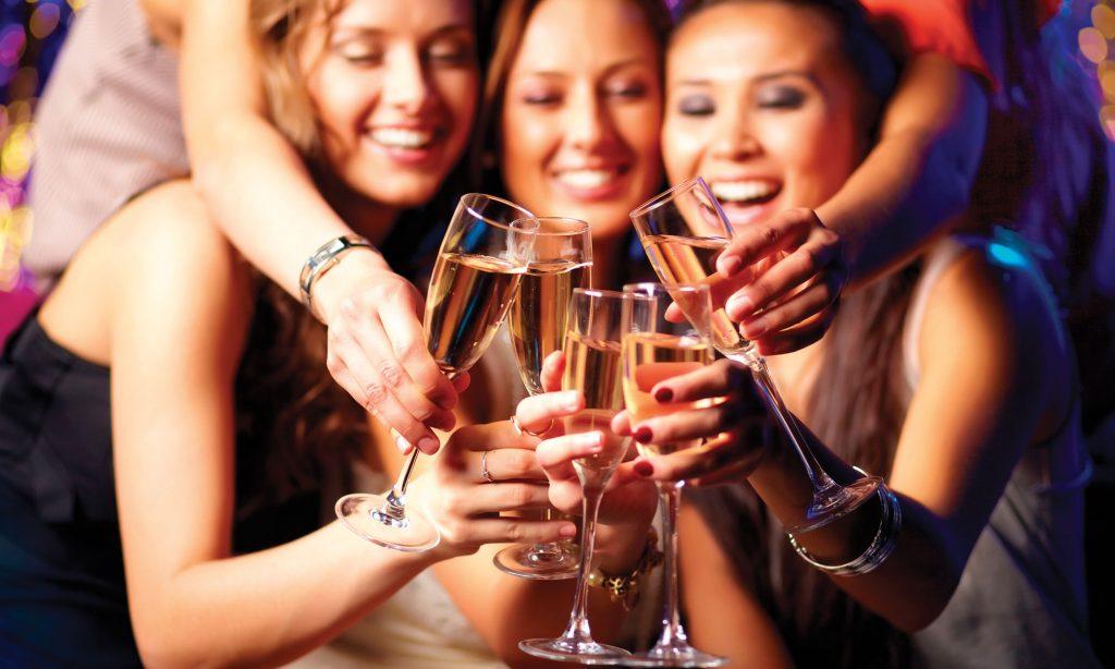 Η κατάχρηση αλκοόλ ακόμα και πριν την εγκυμοσύνη κάνει κακό στα παιδιά