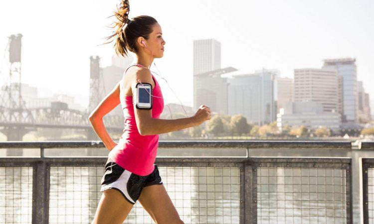 Τρέξιμο για κάψιμο θερμίδων: Χάσε λίπος και χτίσε αντοχή με ΑΥΤΟ το πρόγραμμα