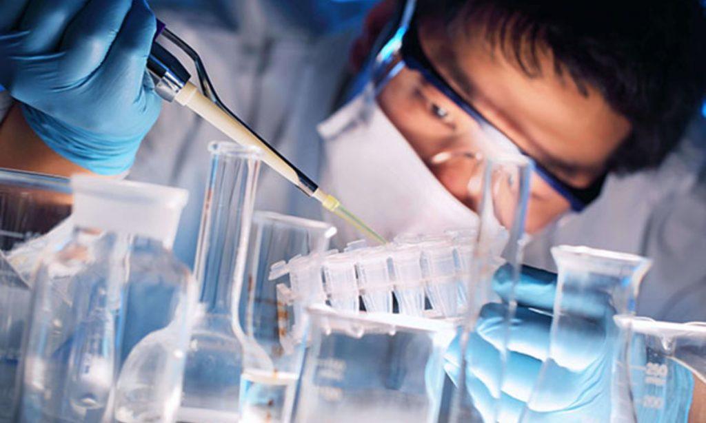 Η Νovartis ξεκινά μια δοκιμή ανωτερότητας μέσω άμεσης σύγκρισης της σεκουκινουμάμπης έναντι της αδαλιμουμάμπης