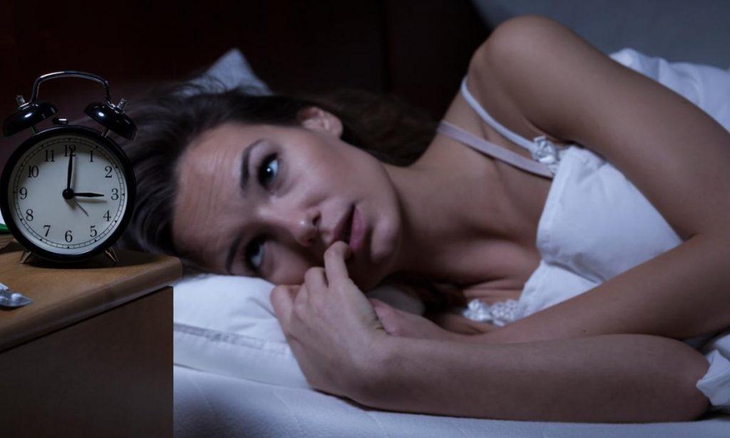 Η αϋπνία αυξάνει τον κίνδυνο για εγκεφαλικό επεισόδιο και έμφραγμα