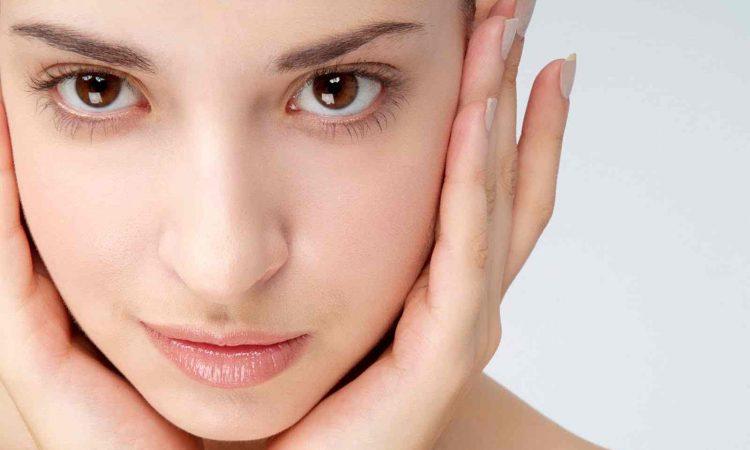 11 τρικ για να φαίνεσαι φρέσκια χωρίς μακιγιάζ
