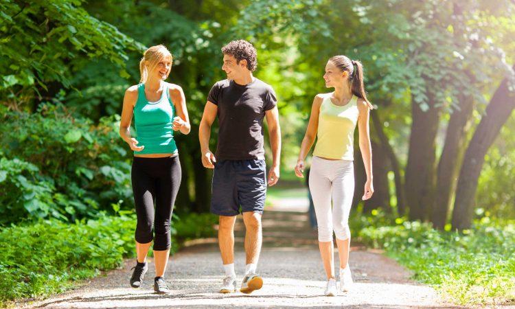 Ξέρεις ότι κάνοντας αυτές τις 3 κινήσεις με το σώμα σου μπορείς να αλλάξεις διάθεση;